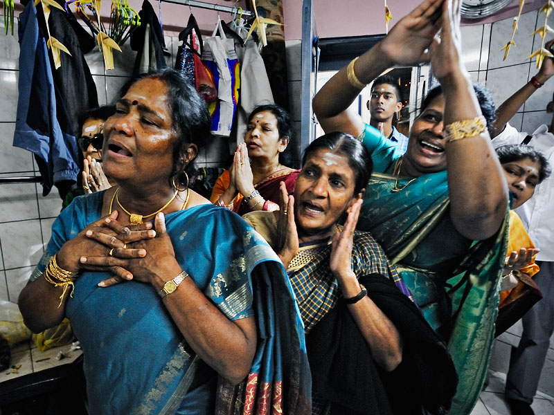 http://www.kniestphotography.net/files/gimgs/3_tamil-diaspora-c-ingo-kniest-5867.jpg