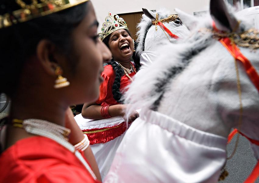 http://www.kniestphotography.net/files/gimgs/3_tamil-diaspora-c-ingo-kniest-6302_v2.jpg